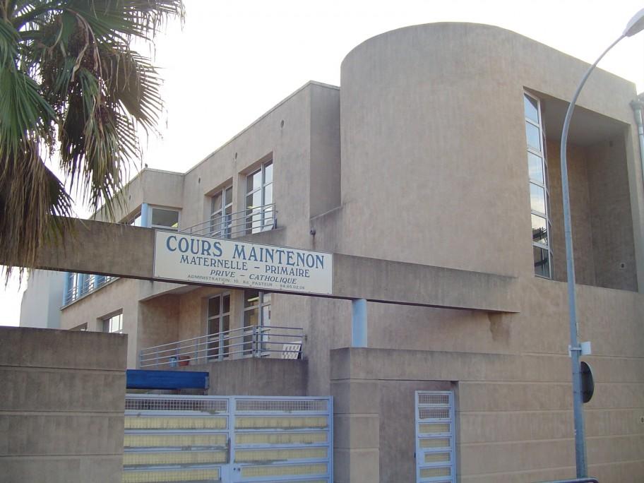Écoles  - Collège – Lycée- internat<br>Cours Maintenon - HYÈRES