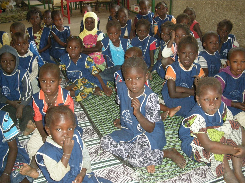 Enfants de la garderie Elizabeth-Mbadé de Loul Sessène