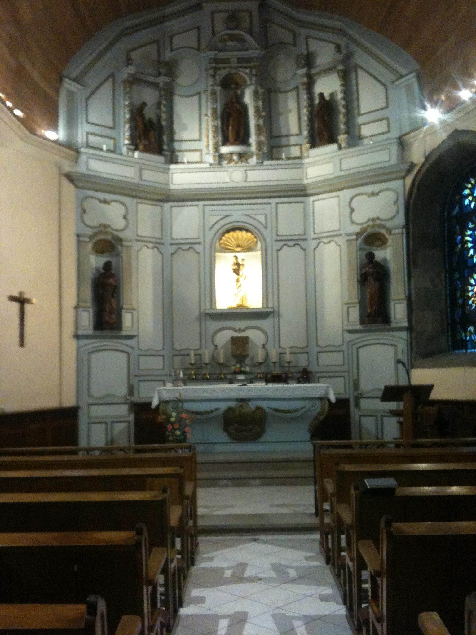 Intérieur de la chapelle de la communauté